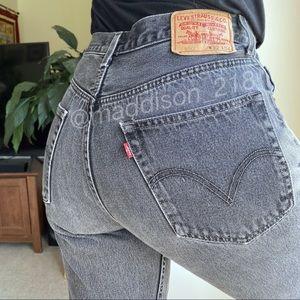 "LEVIS Vintage 550 High Rise Dad Jeans Black 31.5"""